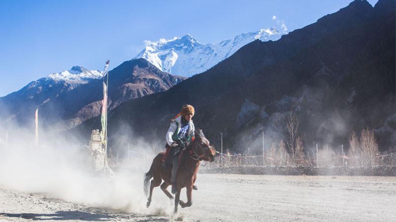'इम्याजिन नेपाल' को मनाङ यात्रा