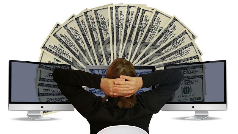 पैसा कमाउने माध्यम : सामाजिक सञ्जाल