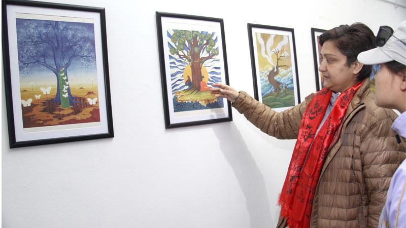 जयाका चित्रहरुमा आफ्नै जिन्दगीका रंगहरु