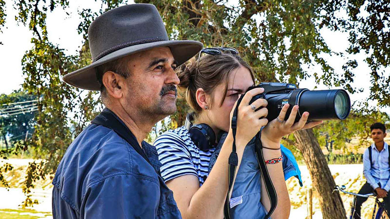 नेपाली संरक्षण क्षेत्र र चरा अध्ययन गर्दै अस्ट्रेलियन विद्यार्थी